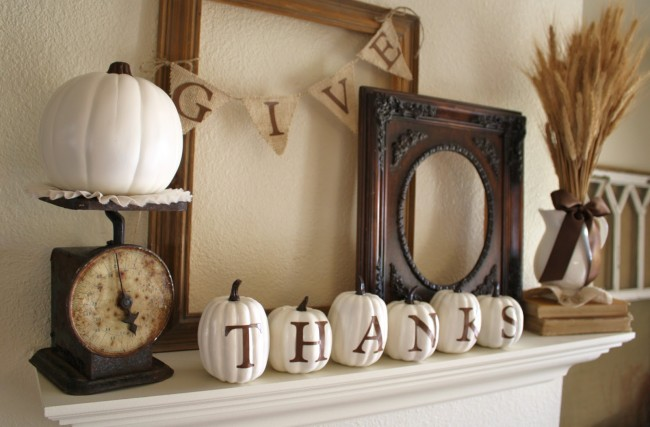 A-Diamond-in-the-Stuff-Fall-Mantel-e1441842931182
